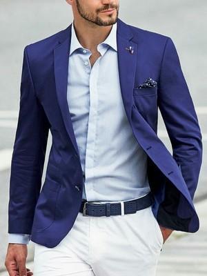 Beyaz Pantolon Mavi Ceket